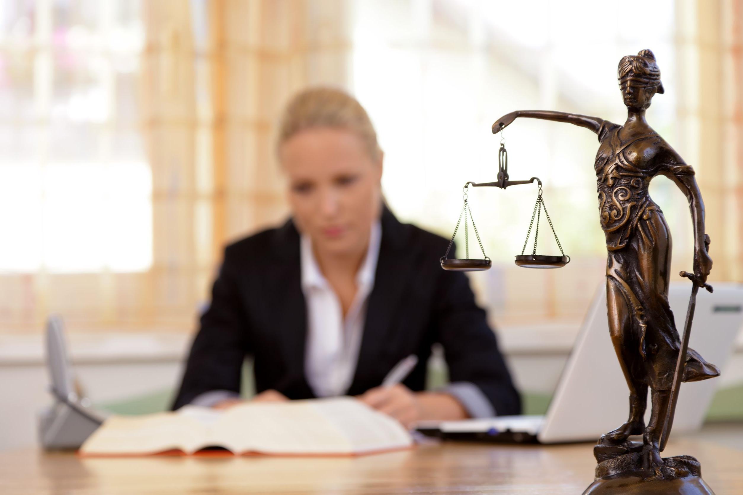 Malasanità e risarcimento: come chiedere i danni e a chi fare causa?